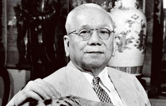 Sự suy tàn của gia tộc họ Hu và bài học sâu sắc về văn hóa doanh nghiệp gia đình