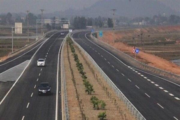 Tuyến đường cao tốc Bắc- Nam đi qua 9 huyện, thị xã, TP trên địa bàn tỉnh Thanh Hóa với tổng chiều dài tuyến hơn 104km