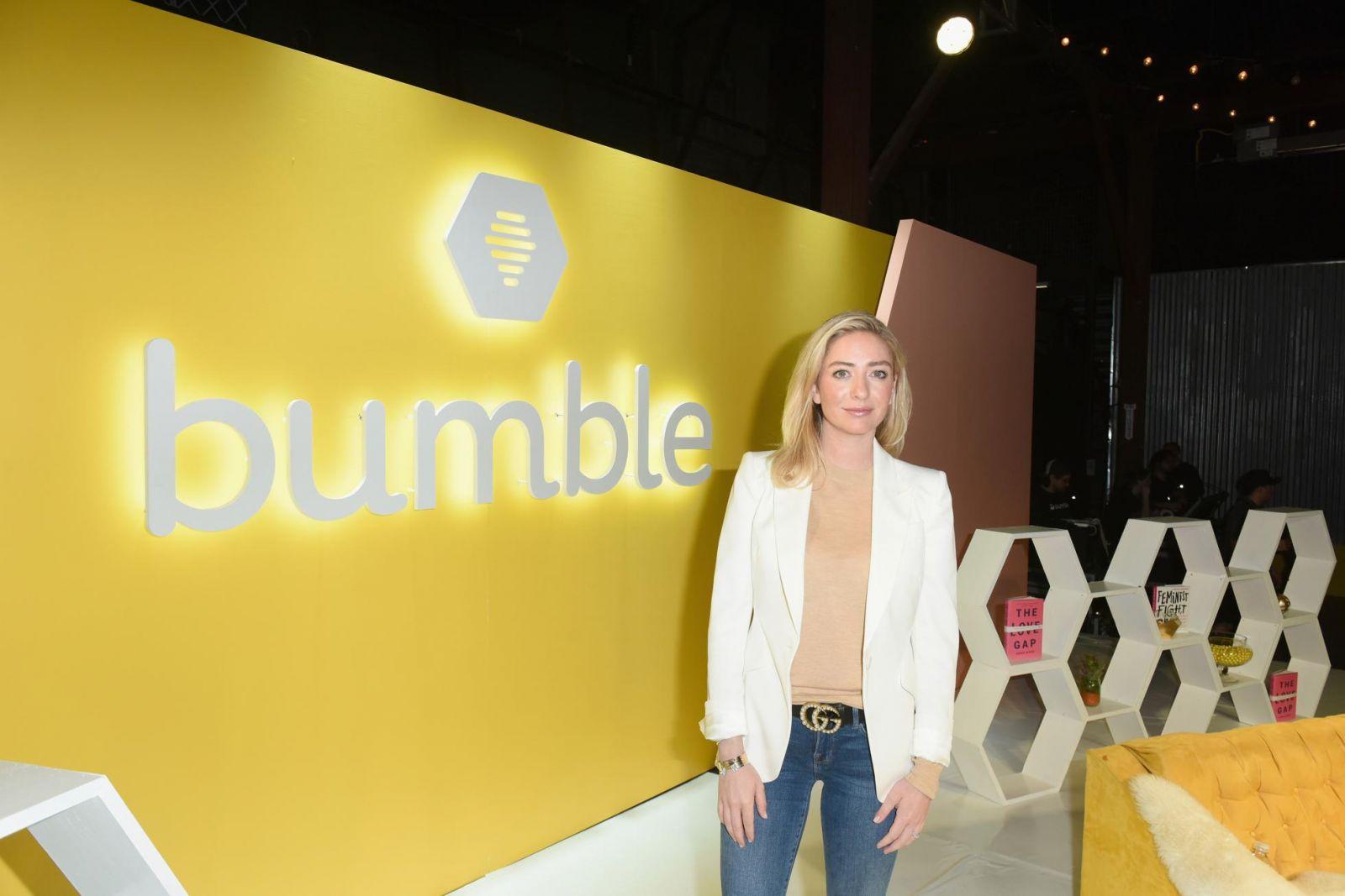 Vào tháng 2, người đồng sáng lập Bumble, Whitney Wolfe Herd, 31 tuổi, đã công khai công ty mai mối của mình. (Ảnh của Vivien Killilea / Getty Images cho Bumble)