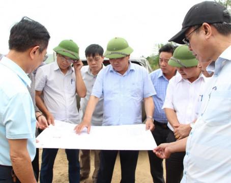 Quảng Bình: Phó chủ tịch thường trực UBND tỉnh kiểm tra tiến độ khắc phục về nhà ở cho người dân di dời do sạt lở