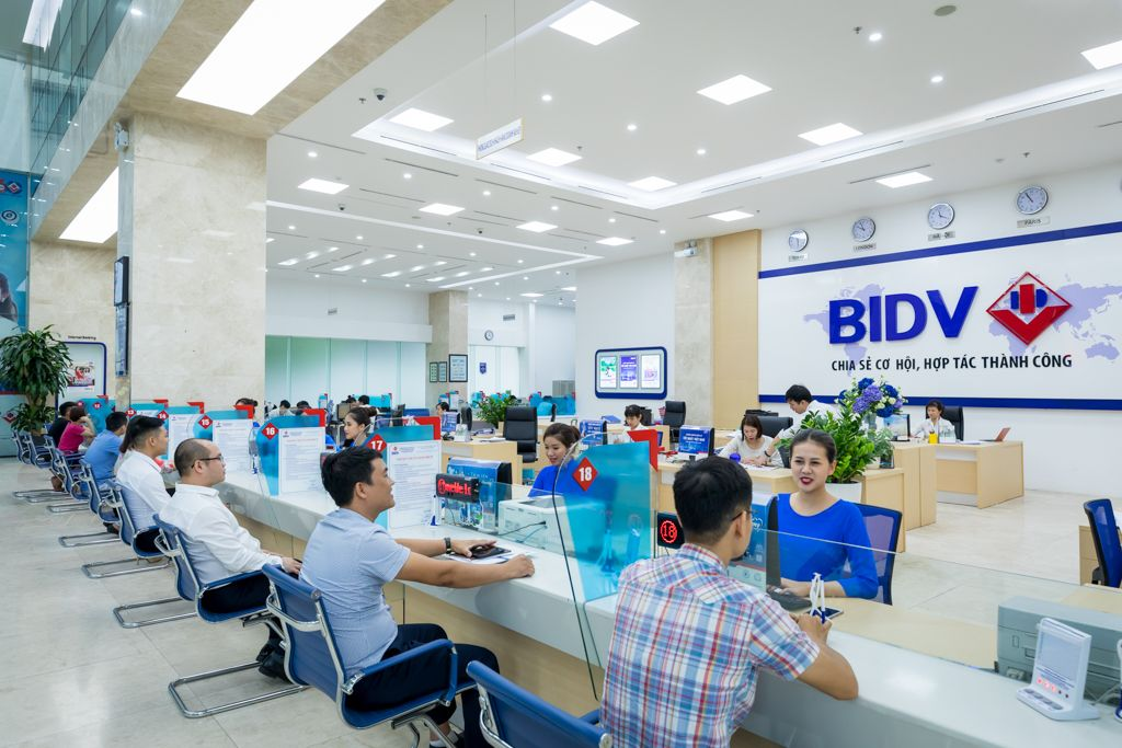 BIDV đóng cử 11 phòng giao dịch phía Nam
