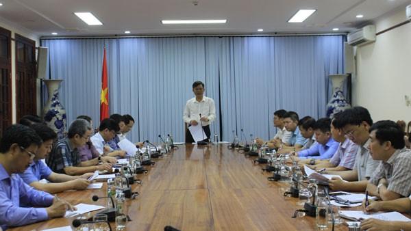 Chủ tịch UBND tỉnh Quảng Bình làm việc với ban quản lý khu kinh tế