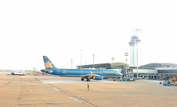 Đề xuất áp giá sàn vé máy bay của Vietnam Airlines đang vấp phải