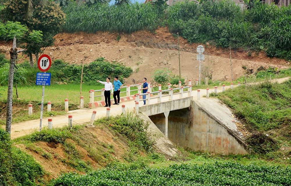 Cầu Dọc Váng thuộc xã Thục Luyện, huyện Thanh Sơn (Phú Thọ)