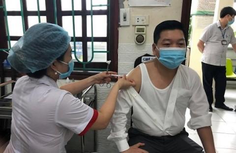 """Bộ Y tế dự kiến thực hiện 3 phương án """"hộ chiếu vắc xin"""""""