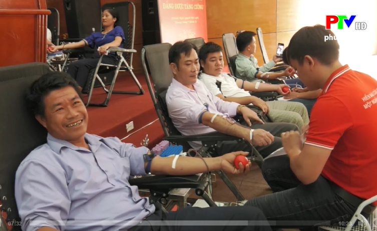 Một chương trình hiến máu nhân đạo tại huyện Tân Sơn (Phú Thọ).
