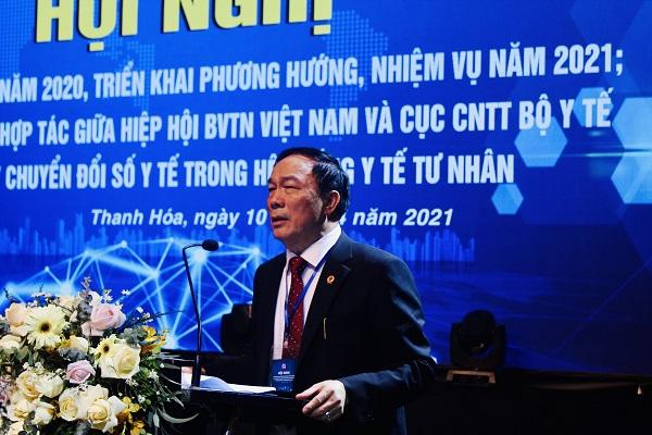 Ông Nguyễn Văn Đệ, Chủ tịch Hiệp hội Bệnh viện Tư nhân Việt Nam phát biểu tại Hội nghị