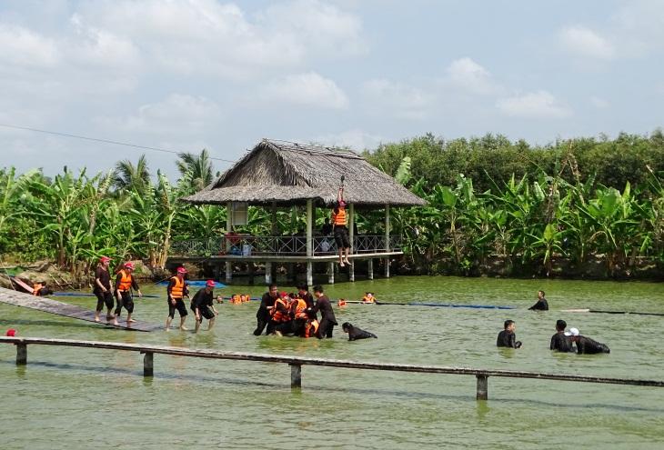 Khu du lịch sinh thái Hương Tràm, là một trong những điểm du lịch níu chân du khách khi đến với Cà Mau