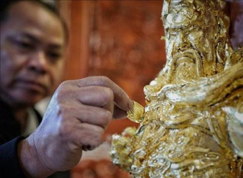 Kiệu Kỵ (Hà Nội): Sản phẩm làng nghề dát Vàng bạc quỳ mang hồn việt
