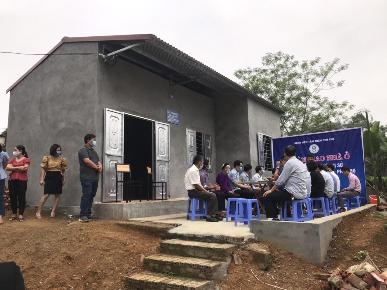 Ngôi nhà mới được xây dựng từ lòng hảo tâm của tập thể cán bộ y bác sỹ Bênh viện Tâm Thần tỉnh Phú Thọ.