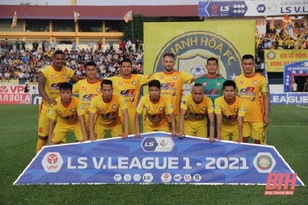 Đội hình ra sân của Đông Á Thanh Hóa.