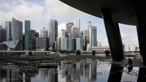 Tốc độ tiêm chủng vắc xin Covid-19 gia tăng thúc đẩy GDP của Singapore lên 0,2% trong quý 1