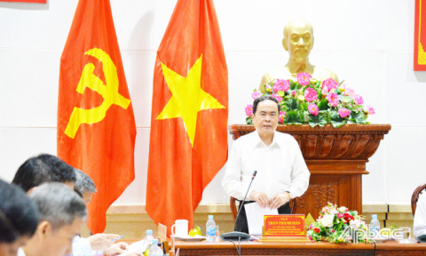Phó Chủ tịch Thường trực Quốc hội Trần Thanh Mẫn kiểm tra công tác bầu cử tại Tiền Giang