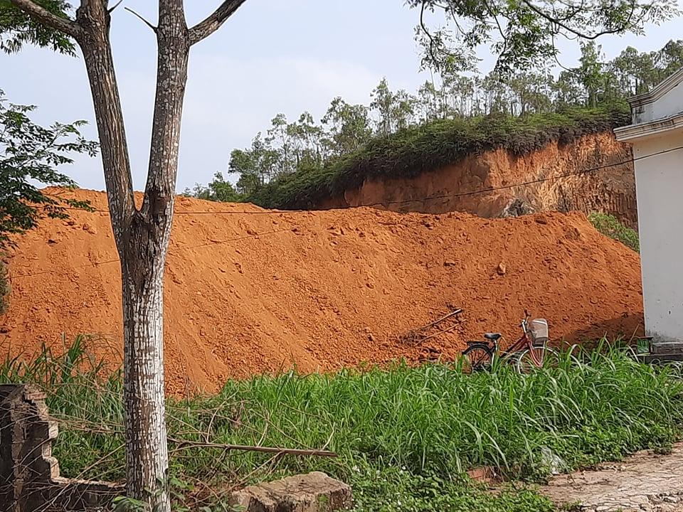 Điểm khai thác đất tại khu 7 xã Thọ Văn