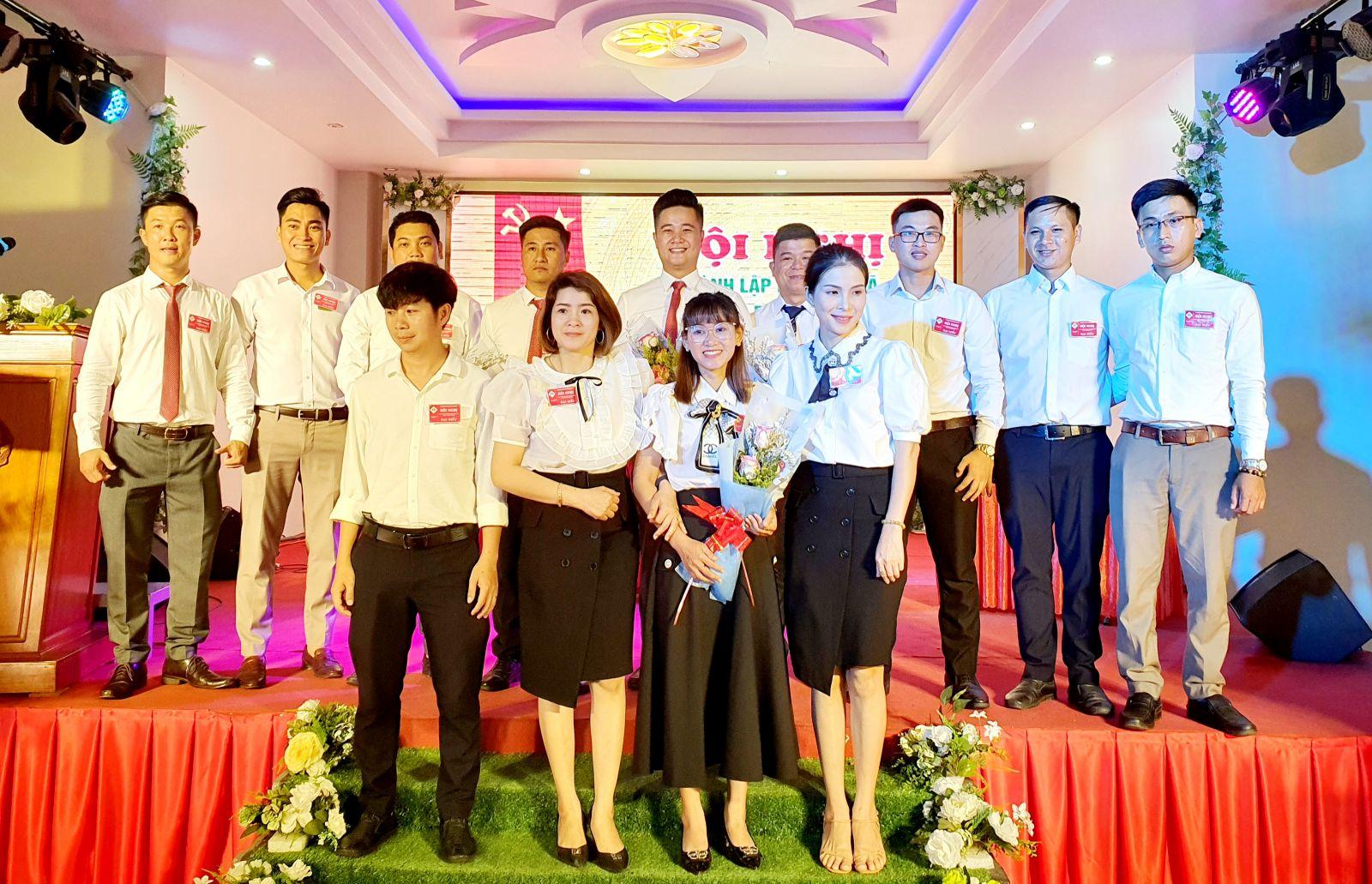 13 doanh nhân trẻ liên kết thành lập HTX Nông nghiệp dịch vụ Bazal KRP.