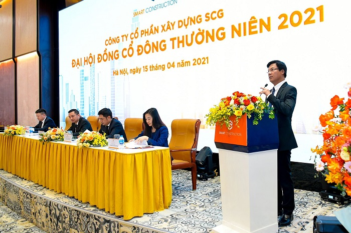 Ông Lê Văn Nam - Tổng Giám Đốc SCG, đại diện Ban điều hành công ty bày tỏ quyết tâm đạt được các mục tiêu tăng trưởng lợi nhuận và đẩy mạnh đầu tư trong năm 2021
