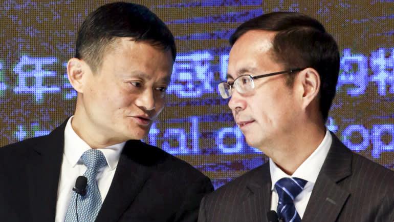Jack Ma và Giám đốc điều hành Alibaba Daniel Zhang, người nói rằng hình phạt mới nhất của nhà chức trách sẽ không có tác động tiêu cực