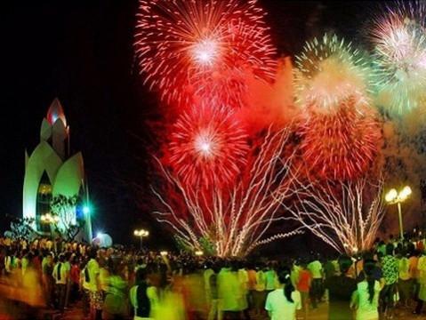 Khánh Hòa: Được phép bắn pháo hoa nổ trong đêm 01/5 và 8/8/2021