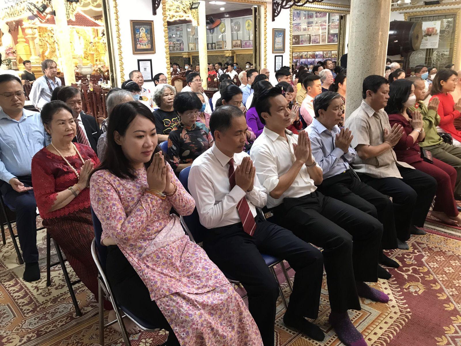 Các đại biểu tham dự Lễ hội tết Cổ truyền 4 nước Campuchia, Lào, Myanmar và Thái Lan tại Chùa Phổ Minh, Quận Gò Vấp ngày 14/4/2021