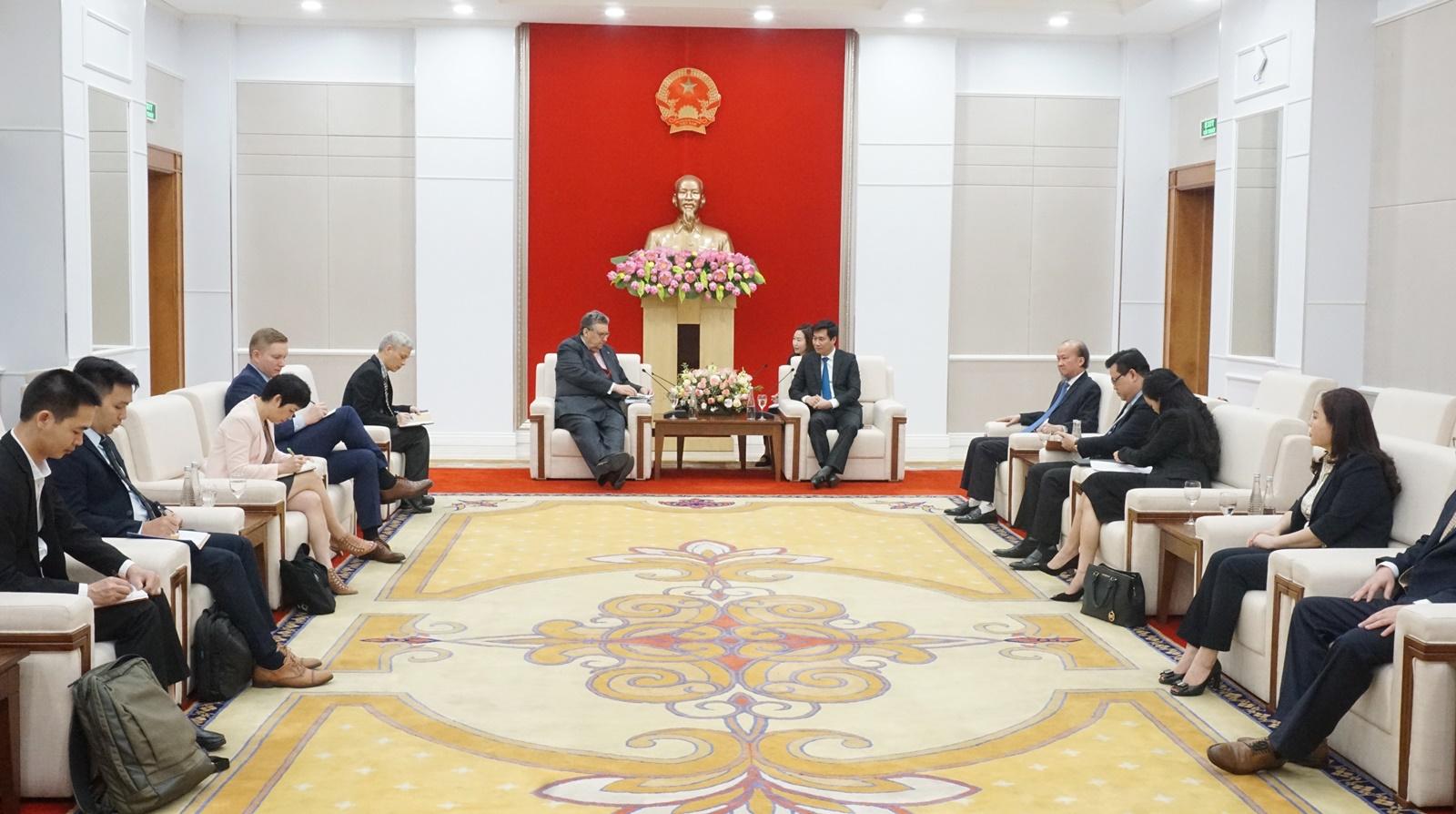 Quang cảnh buổi tiếp giữa lãnh đạo tỉnh Quảng Ninh với Đại sứ Phần Lan.
