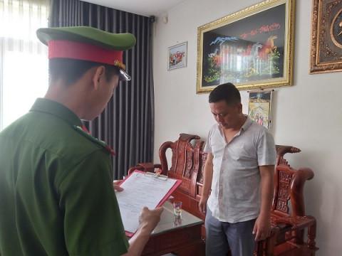 Đà Nẵng: Bắt Giám đốc công ty lấy sổ đỏ của người khác đem cầm 8 tỷ đồng