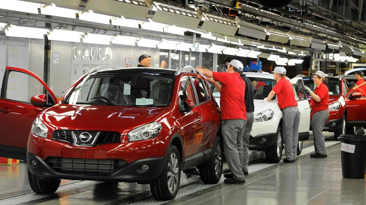 Nissan đã tăng thêm khoảng 800 người, tương đương 10% lực lượng lao động, tại nhà máy ở Anh do tình trạng thiếu chất bán dẫn đã ảnh hưởng đến các nhà sản xuất ô tô trên toàn thế giới. © Reuters