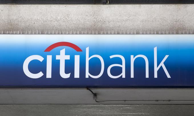 Logo của Citibank được nhìn thấy trên một tòa nhà ở New York,