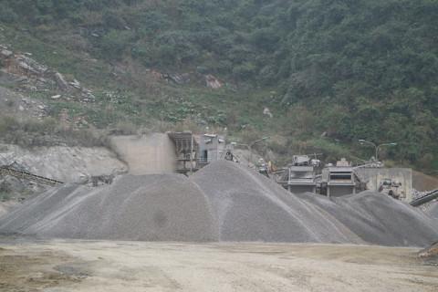 Lương Sơn - Hòa Bình: Hàng chục doanh nghiệp vi phạm Luật Khoáng sản