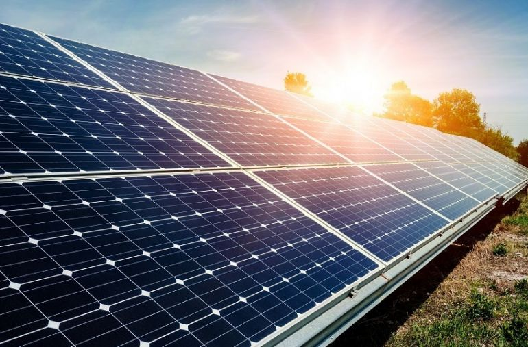 """IEA tuyên bố điện mặt trời là """"vua mới"""" trên thị trường, Việt Nam là điểm sáng"""