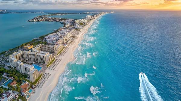 Hilton, Marriott, Airbnb và nhiều công ty khác đầu tư 2,5 tỷ USD cho triển vọng du lịch ở Mexico
