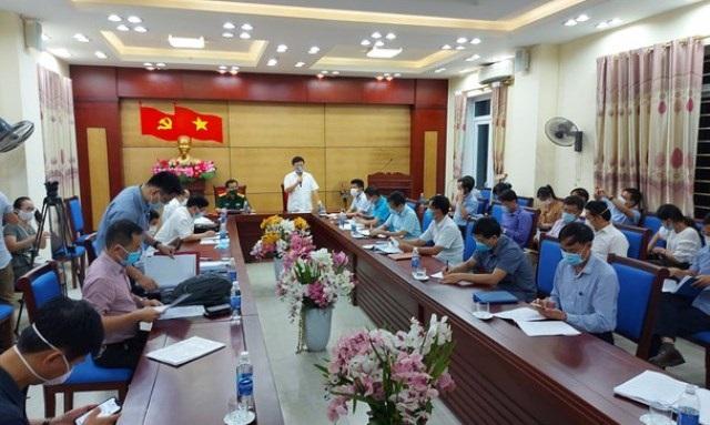 Nghệ An: Xuất hiện ca Covid-19 đầu tiên, thị xã Hoàng Mai giãn cách xã hội, phong toả 5 thôn