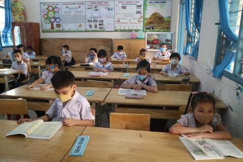 Khánh hòa: Học sinh các cấp sẽ tạm dừng đến trường chậm nhất từ ngày 12/5/2021