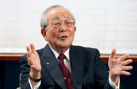 """Inamori Kazuo - vị thần doanh nhân của Nhật Bản: """"Tâm phải luôn biết cảm kích thì những khó khăn mới có thể trở thành tài phú"""""""