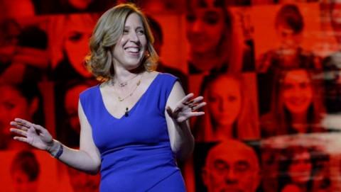 CEO Susan Wojcicki: Nếu không đánh bại được thì phải thâu tóm!
