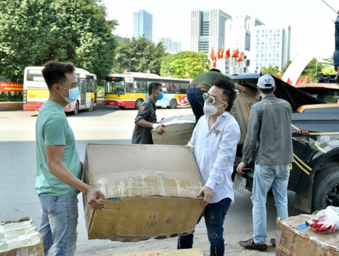Nghệ sĩ chung tay cùng nhân dân Bắc Giang, Bắc Ninh chống dịch Covid-19