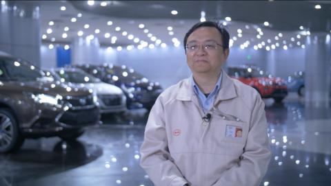 Tỷ phú từ chối khoản đầu tư khổng lồ của Buffett, một tay điều hành công ty sản xuất ô tô số 1 Trung Quốc
