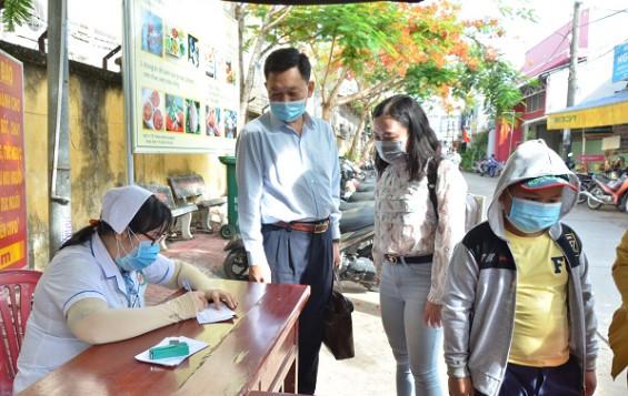Kiểm tra, đánh giá bộ tiêu chí an toàn phòng, chống dịch bệnh COVID-19 tại các cơ sở khám, chữa bệnh tại Kiên Giang