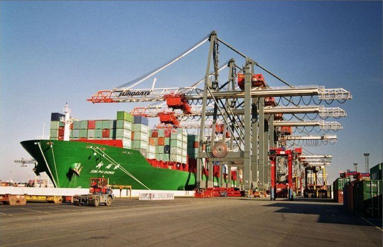 Việt Nam nhập siêu 369 triệu USD sau 5 tháng