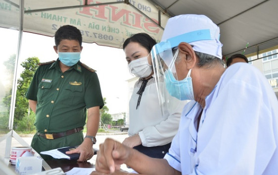 Kiểm tra việc thực hiện bộ tiêu chí bệnh viện và phòng khám an toàn phòng, chống dịch bệnh COVID-19 tại Kiên Giang
