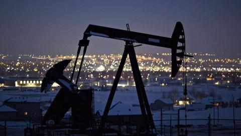Trong tuần qua giá dầu thế giới tăng gần 5%