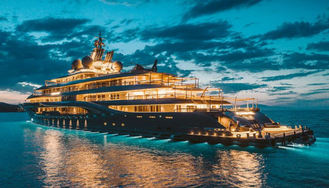 Ngành kinh doanh siêu du thuyền bắt đầu trở lại