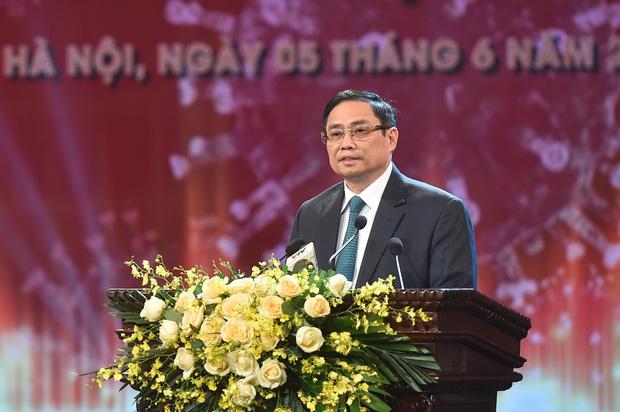 Thủ tướng Phạm Minh Chính nói: Sự đồng lòng của nhân dân là chìa khóa mở cánh cửa lớn để chúng ta thoát ra khỏi đại dịch và trở về cuộc sống bình thường, bình yên, an dân, an toàn