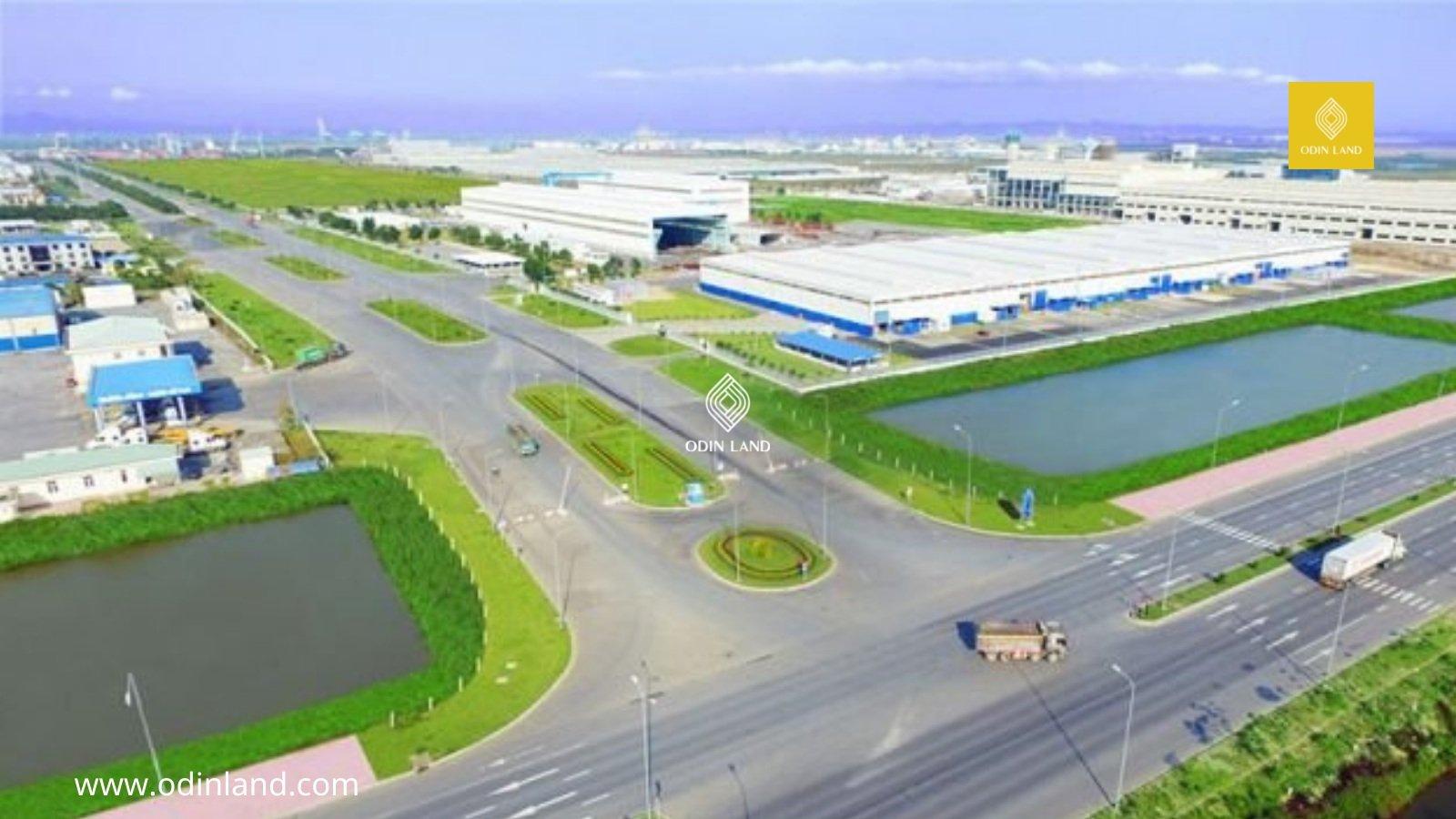 """Khu Công nghiệp Sông Đốc tạo điều kiện và mở ra cánh cửa để """"thành phố biển miền Tây"""" phát huy hiệu quả tiềm năng và lợi thế kinh tế biển."""