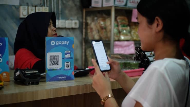 Công ty công nghệ Indonesia GoTo cung cấp các dịch vụ thanh toán theo yêu cầu, thương mại điện tử và thanh toán kỹ thuật số.Đi đến