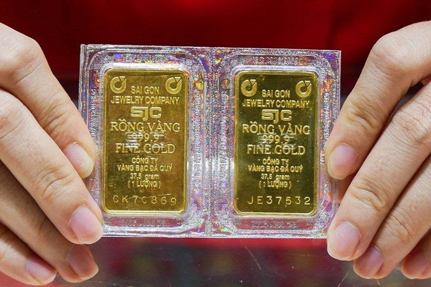 Giá vàng trong nước tăng giảm trái chiều nhau