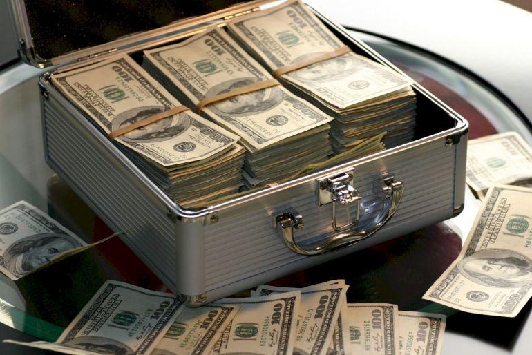 25 người Mỹ giàu nhất nộp thuế thu nhập liên bang rất ít hoặc không có