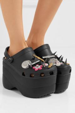'Dép cao gót Crocs' của thương hiệu xa xỉ Balenciaga có giá dự kiến lên tới 1.000 USD