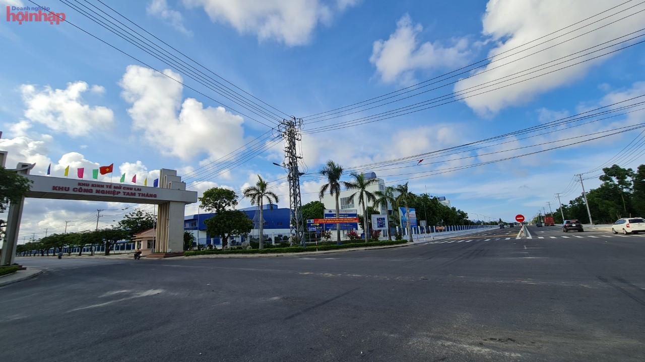 Khu công nghiệp Tam Thăng (TP.Tam Kỳ) với diện tích 197 ha gần như đã lấp đầy dự án.