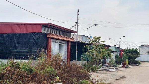Hiện trường khu vực đất trên địa bàn phường Thành Tô (quận Hải An,TP. Hải Phòng) bị lấn chiến trái phép