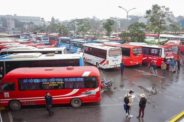 Hiệp hội Vận tải ô tô Việt Nam có công văn số 99/HHVT gửi Thủ tướng Chính phủ kiến nghị điều chỉnh lộ trình lắp camera trên xe khách từ 9 chỗ ngồi chở lên (kể cả người lái xe), xe vận tải hàng hóa bằng container, xe đầu kéo từ 1/7/2021 lên ngày 1/7/2023